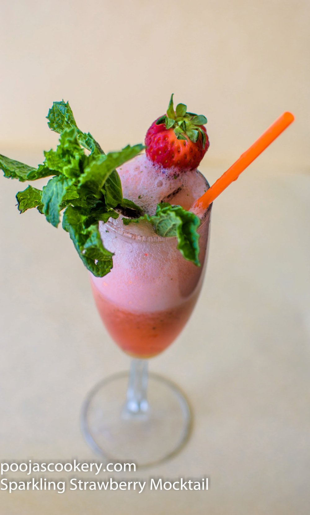 Sparkling Strawberry Mocktail
