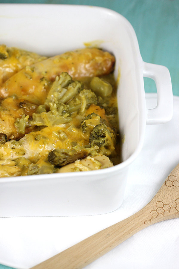 Slow Cooker Cheesy Chicken and Broccoli